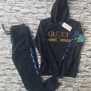 gucci tracksuit..